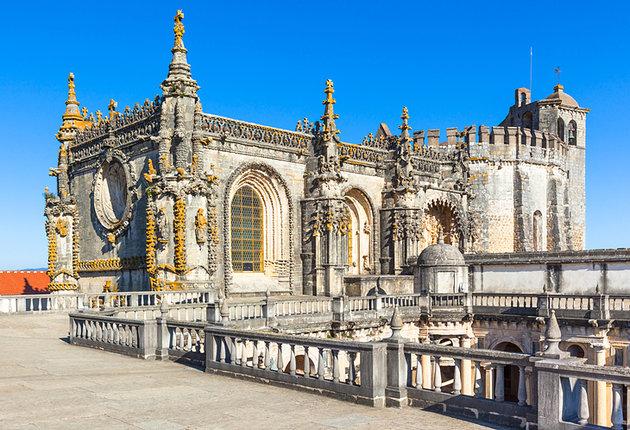 portugal-convento-do-cristo1